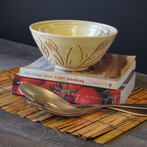 3 bowls for serving your favaorite dishes