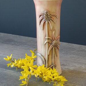 Flower vase in Echanacea floral