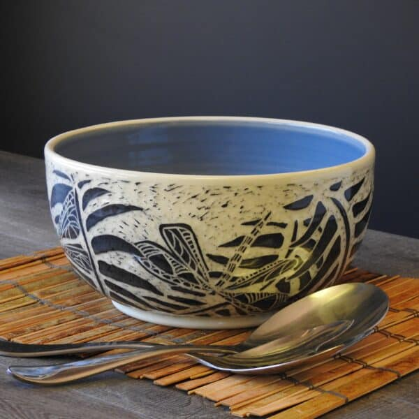 Dragonfly serving bowl