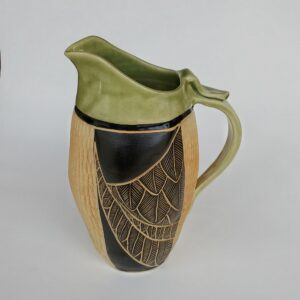Feather designed jug for your favorite beverage
