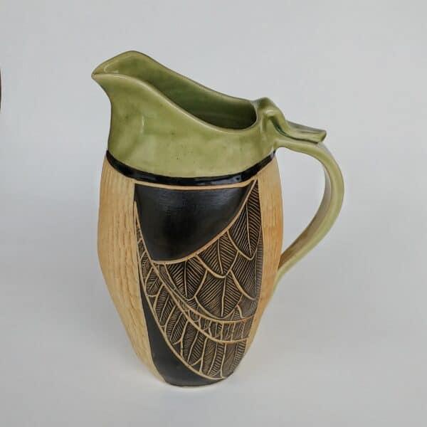 Feather designed jug for your favorite beverage