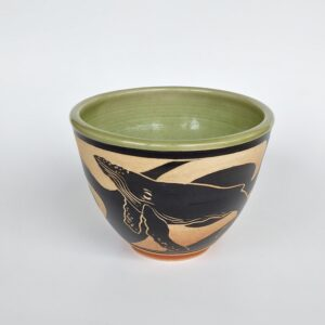Humpback design pottery bowl for hot or cold dishes