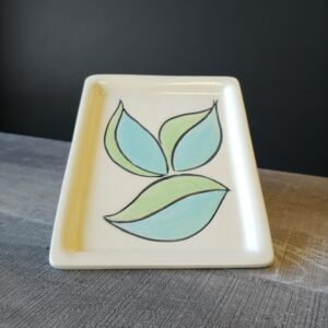 Small tray for serving